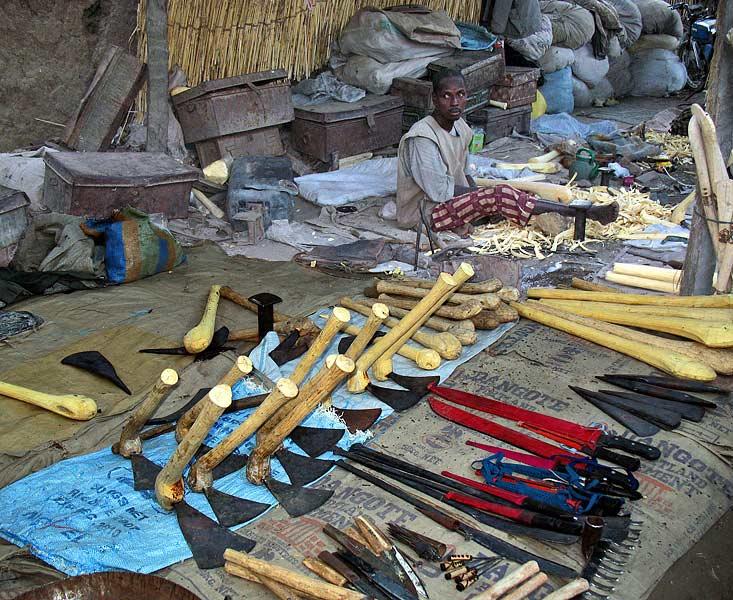 Blangoua mercato avvicinandosi al lago tchad si for Grosso pesce di lago