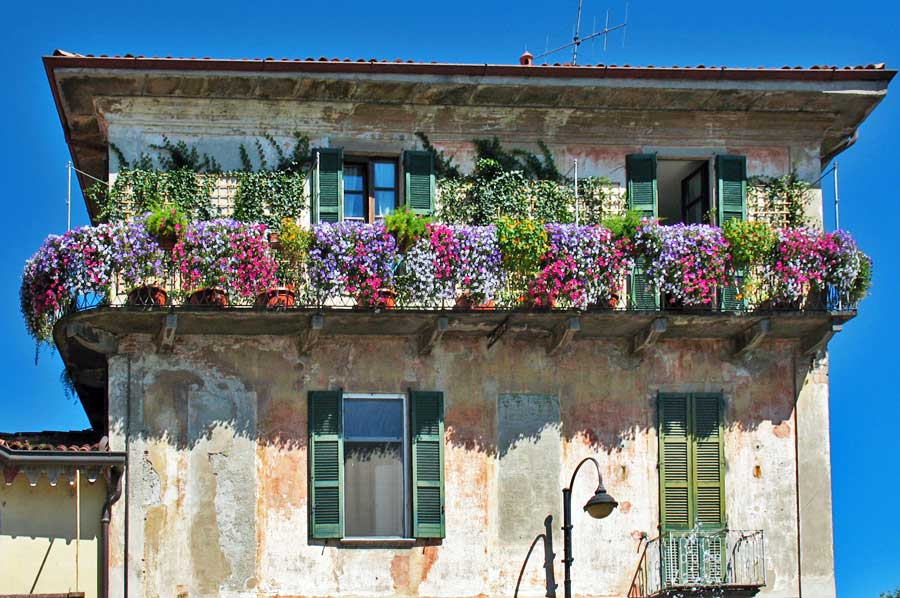 35 world 39 s most beautiful balconies - Beautiful houses with balcony ...