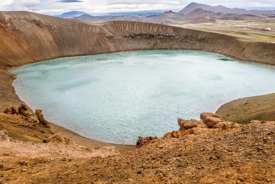 Viti il cratere viti inferno in islandese col suo lago for Affitti cabina grande lago orso