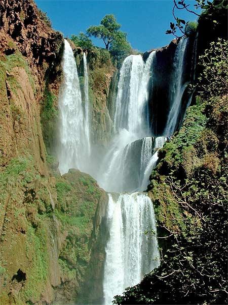Ouzoud cascate nei dintorni di beni mellal si trovano le cascate di ouzoud per - Cascate in italia dove fare il bagno ...