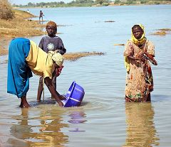 Blangoua: sul fiume Chari