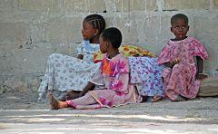 Zanzibar: Mwanda - bimbi