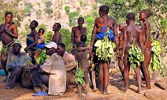 Villaggio Koma: funerale