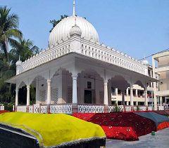 Kushtia: santuario di Lalon Shah