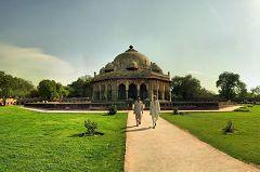 La Tomba di Isa Khan