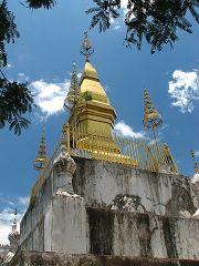 Phou Si Mountain, That Chomsi