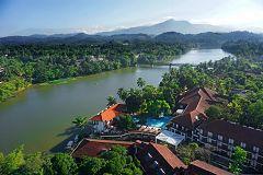 Mahaveli Reach Hotel (Kandy)