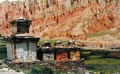 Dhakmark: stupa