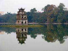 Il lago Hoan Kiem, la pagoda delle tartarughe