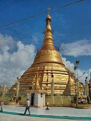Rangoon: Botataung Pagoda