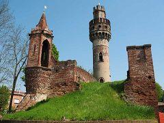 Casalbuttano ed Uniti: torre della Norma