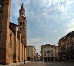 Crema: il campanile del Duomo