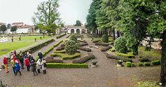 Villa Litta: giardino all'italiana