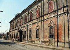 Mirabello Ciria: palazzo Sonzogni
