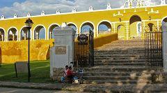 Il Convento Francescano di Izamal