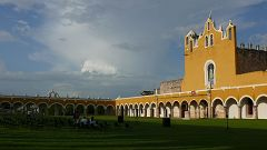 Il Convento di San Francesco (Izamal)