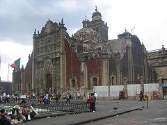 La Cattedrale (Piazza della Costituzione)