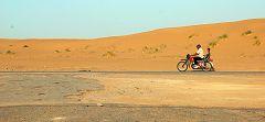 Karakum: motociclo