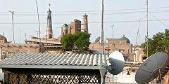Khiva: fili e antenne