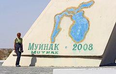 Muynak: lago d'Aral