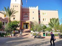 Tafraoute: hotel Les Amandiers