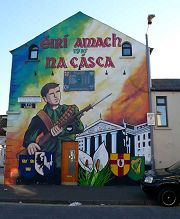 Belfast: murale  Easter Rising Memorial