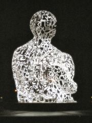 We, di Jaume Plensa
