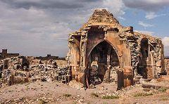 Chiesa degli Apostoli: resti del nartece sud