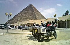 Giza: piramide