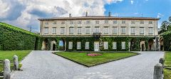 Lurago D'Erba: Villa Sormani