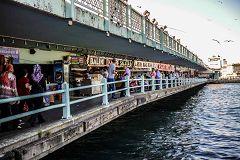 Ponte di Galata a Istanbul