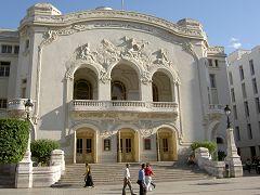 Tunisi: teatro municipale