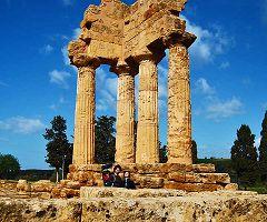 Agrigento, Valle dei Templi: tempio di Castore e Polluce