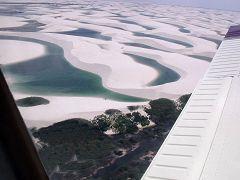 I Lencois Maranhenses visti dall'aereo